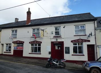 Thumbnail Pub/bar for sale in Park Street, Devon: Crediton