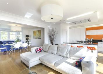 Thumbnail 4 bed flat to rent in Redington Road, London