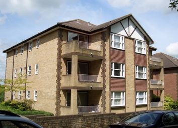 1 bed flat to rent in Waterslade, Elm Road, Redhill RH1