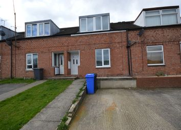 3 bed town house to rent in Clayton Crescent, Waterthorpe, Sheffield S20