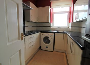2 bed flat to rent in Vane Hill Road, Torquay TQ1