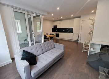 Thumbnail 1 bed flat to rent in Walton Heights, Elephant Castle
