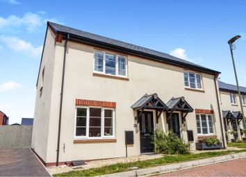 3 bed semi-detached house for sale in Hampden Square, Bicester OX25