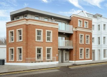 Thumbnail 2 bed flat for sale in Montpelier Place, Lansdowne Road, Hove