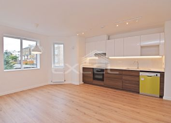 Thumbnail 2 bed flat to rent in Dollis Road, Finchley Central, London