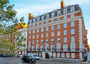 Thumbnail 4 bed flat to rent in Grosvenor Square, Mayfair