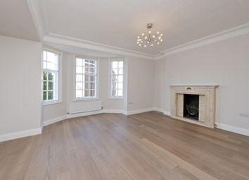 Thumbnail 4 bed flat to rent in Malvern Court, Onslow Square, South Kensington, London