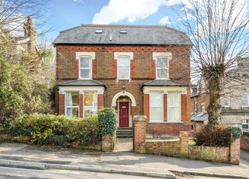 Thumbnail 1 bed flat to rent in Priory Road, High Wycombe