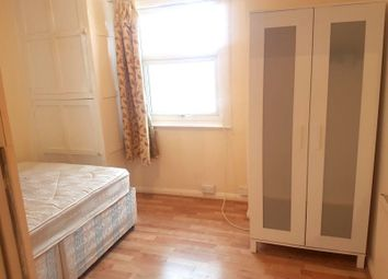 Thumbnail Studio to rent in Norman Avenue, Southall