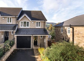 Thumbnail Town house for sale in Wharf View, The Drive, Crossflatts, West Yorkshire