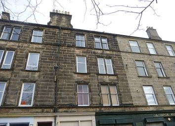 2 bed flat to rent in Newhaven Road, Edinburgh EH6