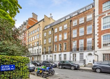Thumbnail 1 bed flat to rent in Queen Square, London