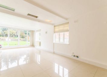 Thumbnail 4 bed terraced house to rent in Fairholme Gardens, Finchley Central