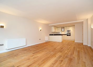 Thumbnail 1 bed flat to rent in Mulberry House, William Street, Windsor, Berkshire