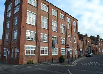 2 bed flat to rent in The Wharf, Newark NG24