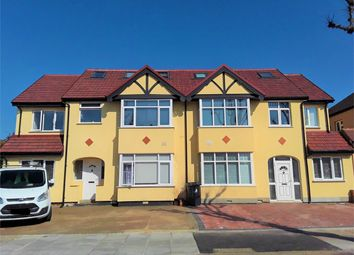2 bed flat to rent in Flat 5, Dorchester Road, Northolt, Greater London UB5