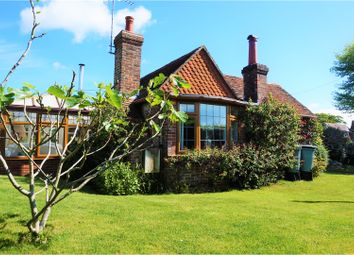 Thumbnail 2 bed cottage for sale in Saltcote Lane, Rye