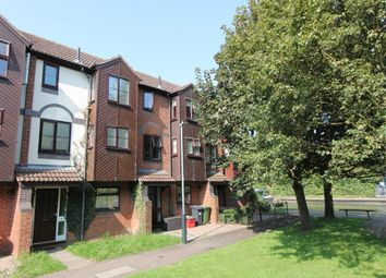 Thumbnail Town house to rent in Howard Walk, Warwick