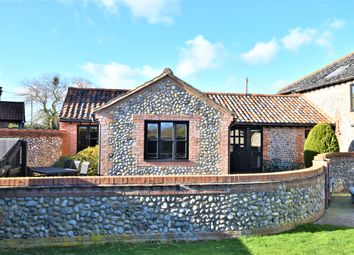 2 bed barn conversion for sale in Cromer Road, Roughton, Norwich NR11