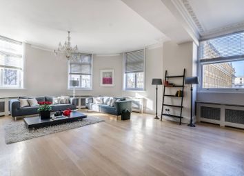 Thumbnail 3 bed flat to rent in Northumberland Avenue, Covent Garden