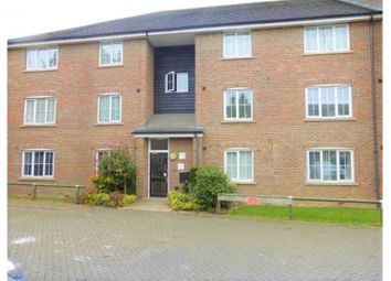 Thumbnail 2 bed flat to rent in Waterside, Chesham