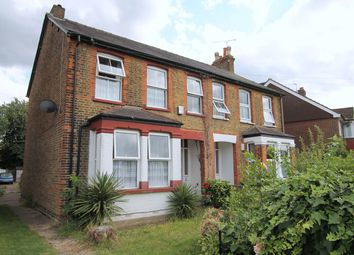 2 bed maisonette to rent in Woodthorpe Road, Ashford TW15