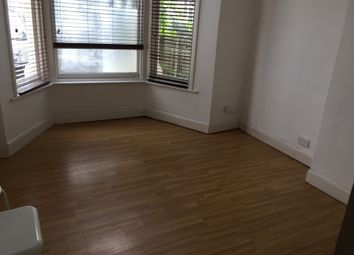 Thumbnail 2 bed flat to rent in Fulready Road, Leyton, London