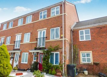 Thumbnail 3 bed town house to rent in Gloucester Close, Redditch