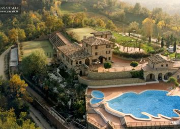 Thumbnail Hotel/guest house for sale in Sarnano, Marche, It