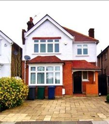 Thumbnail 4 bed detached house to rent in Upper Cavendish Avenue, Finchley Central