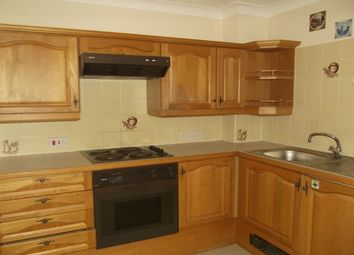 Thumbnail 1 bed flat to rent in Russell Court, Midhurst