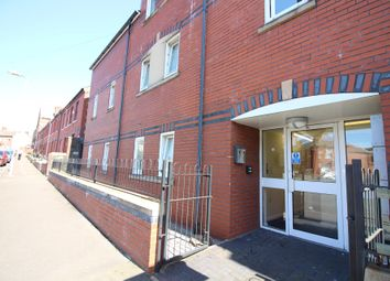 Thumbnail 6 bed flat to rent in Gwyneth House Flat 4, Cathays, Cardiff