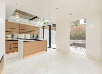 Thumbnail 2 bed flat for sale in Hereford Road W2,