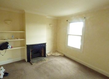 Thumbnail 2 bed flat to rent in Hedingham Road, Halstead