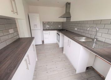 Thumbnail 3 bed property to rent in Holly Field, Harlow, Essex