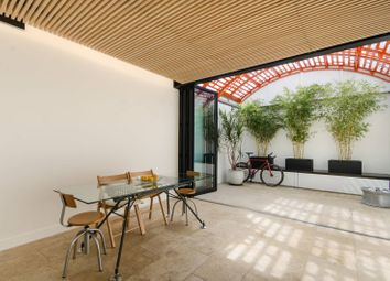 Thumbnail 4 bed property for sale in Simpson Street, Battersea Square