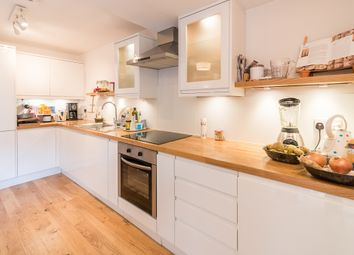 Thumbnail 1 bed flat to rent in Grove Park Gardens, Chiswick