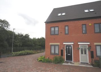 Thumbnail 3 bed town house for sale in Uxbridge Close, Ettingshall, Wolverhampton