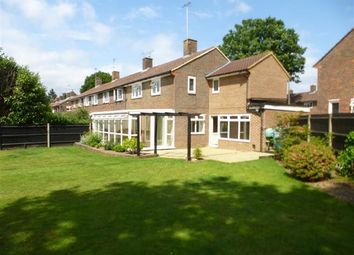 Thumbnail 3 bed property to rent in Clive Way, Crawley