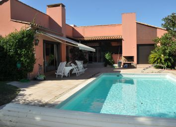 Thumbnail 5 bed property for sale in Nimes, Languedoc-Roussillon, 30, France