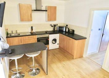 2 bed flat to rent in Stile Common Road, Huddersfield HD1