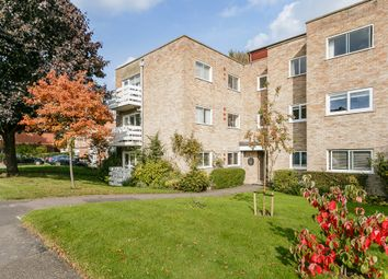 Thumbnail 2 bed flat for sale in Cunliffe Close, Oxford