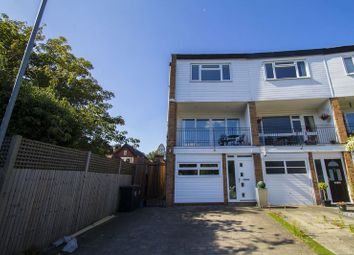 Thumbnail 4 bed property to rent in The Drummonds, Buckhurst Hill