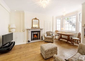 Thumbnail 2 bed flat for sale in Oakley Street, Chelsea, London