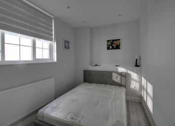 Thumbnail Room to rent in High Street, Southend On Sea