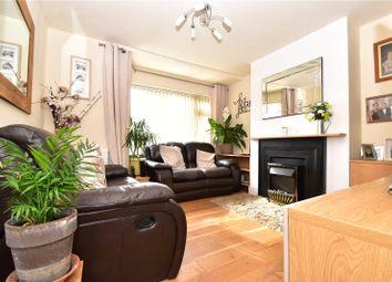 2 bed maisonette to rent in Holmleigh Avenue, Dartford, Kent DA1