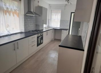 3 bed property to rent in Victoria Road, Chatham, Kent ME4