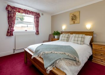 Thumbnail 6 bed terraced house for sale in Pottergate, Richmond