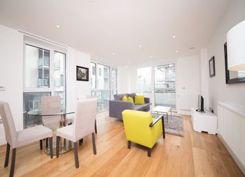 Sovereign Tower, 1 Emily Street, London E16. 2 bed flat