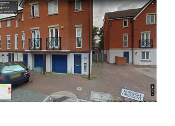 Thumbnail Studio to rent in Norwich Crescent, Chadwell Heath